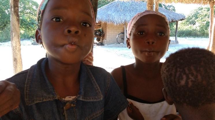 Almoço beneficente em prol da missão na África em Lagoa da Prata